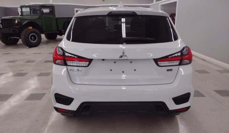 2020 Mitsubishi RVR full
